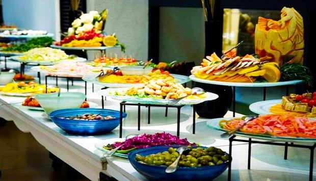 میز پیش غذا